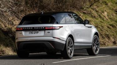 Range Rover Velar P400e - rear cornering