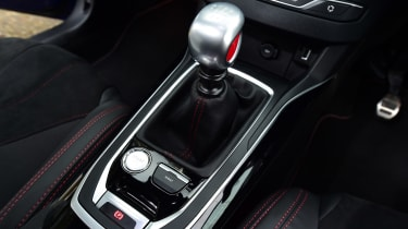 Peugeot 308 GTi - transmission
