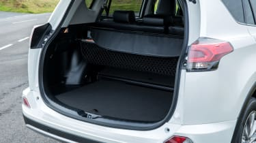 Toyota RAV4 Hybrid UK 2016 - boot space