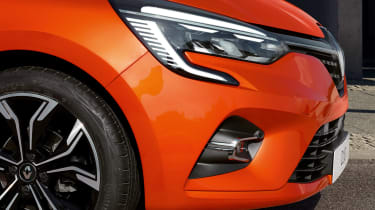 Renault Clio - front detail