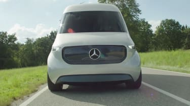 Mercedes Vision Van - video front tracking 3