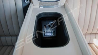 Senzati Mercedes Jet Class safe