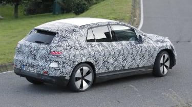 Mercedes EQE SUV - rear