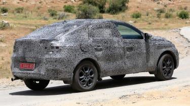 Renault Kadjar coupe-SUV - spyshot 6