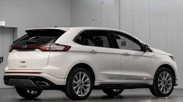 Ford Edge Vignale - studio rear quarter