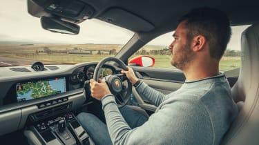Porsche 911 Carrera S - Rich driving