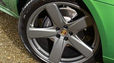 Porsche Macan - wheel