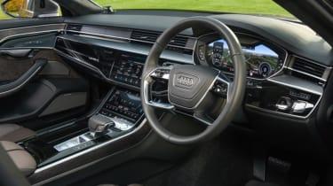 Audi A8 - dash