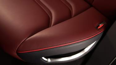 Mitsubishi GT-PHEV Concept seat