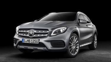 Mercedes GLA 2017 - silver front quarter