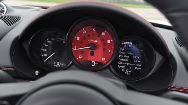 Porsche 718 Boxster GTS - dials