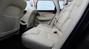 Volvo V90 - rear seats