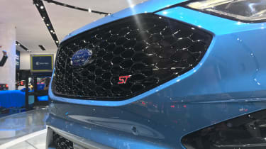 Ford Edge ST revealed - grille