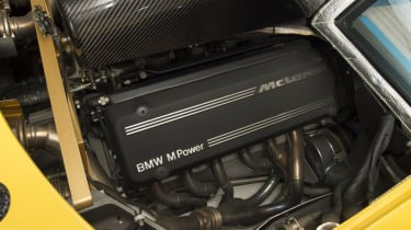 McLaren F1 Yellow engine
