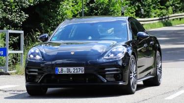 Porsche Panamera - spyshot 1