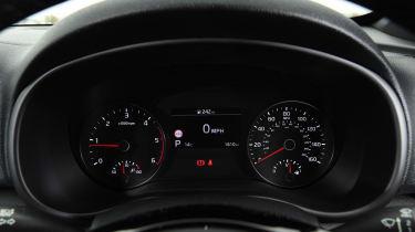 kia sportage 48v hybrid interior instruments