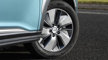 Hyundai Kona Electric - wheel