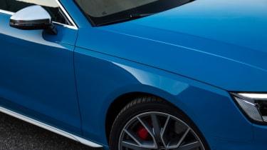 2019 Audi S4 saloon mirror