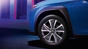 Lexus UX 300e - wheel