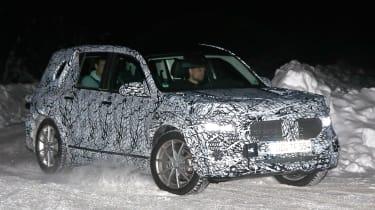 New Mercedes GLB - front