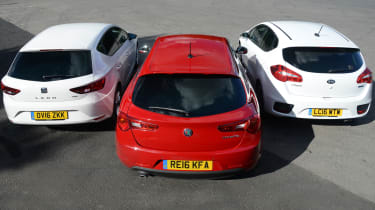 Alfa Romeo Giulietta vs SEAT Leon vs Kia Cee'd - rear group