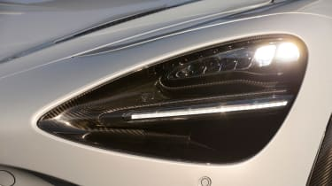 McLaren 720S - front light detail