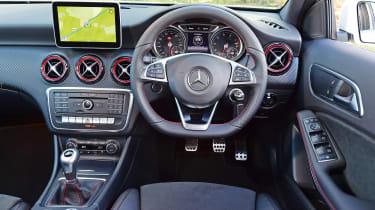 Mercedes A 250 AMG - dash
