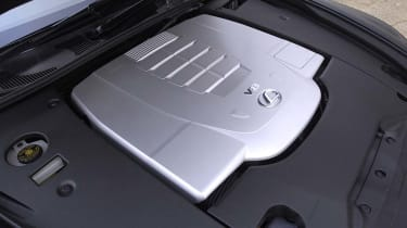 Lexus LS460 engine