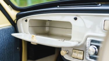Original Skoda Octavia - glovebox