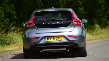 Volvo V40 - rear cornering