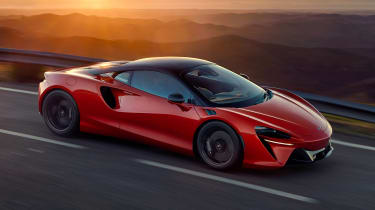 McLaren Artura - front tracking