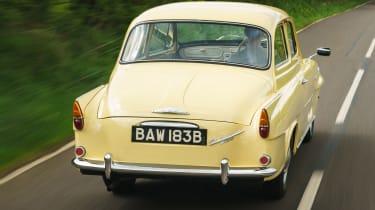Original Skoda Octavia - rear tracking