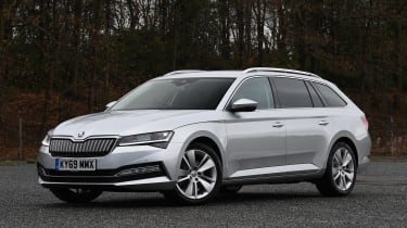 Skoda Superb iV Estate - front static