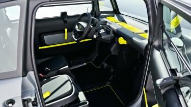 Opel Rocks-e - interior