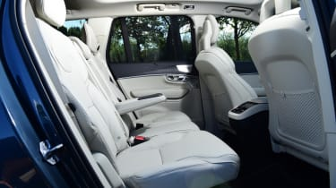Volvo XC90 - rear seats