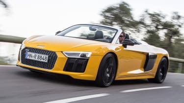 Audi R8 Spyder 2016 - front tracking