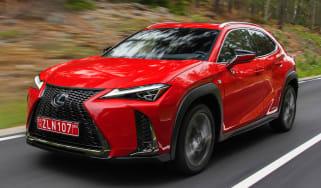 Lexus UX - front