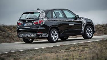BMW X5 eDrive rear action