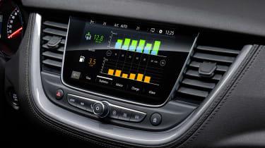 Vauxhall Grandland X Hybrid4 - infotainment