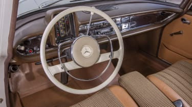 70 years of Mercedes E-Class - 110 Fintail interior