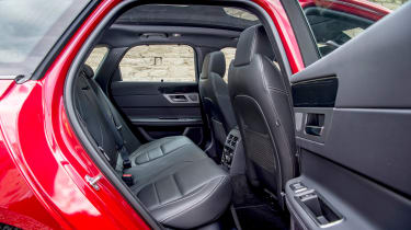 Jaguar XF Sportbrake - rear seats