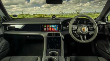 Porsche Taycan RWD - interior