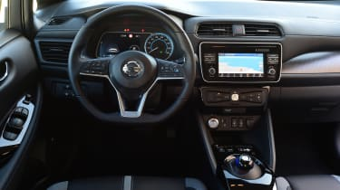 Nissan Leaf - dash
