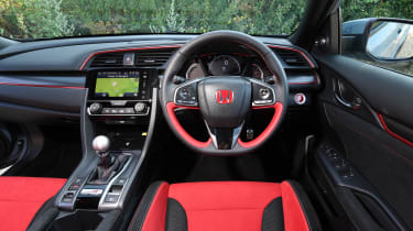Honda Civic Type R - dash