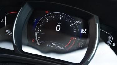 Used Renault Kadjar - dials