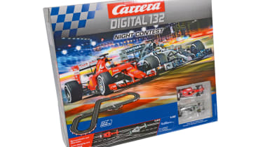 Best Scalextric and slot car sets 2017/2018 - Carrera Digital 132 Night Contest