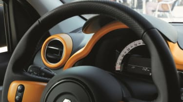 renault twingo facelift interior