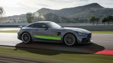 Mercedes-AMG GT R Pro - front tracking