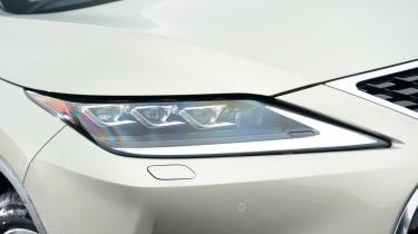 Lexus RX - front light