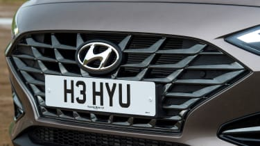 Hyundai i30 - grille